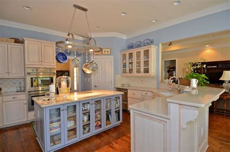 country kitchen blue hill 28 country kitchen farmhouse kitchen 25 best