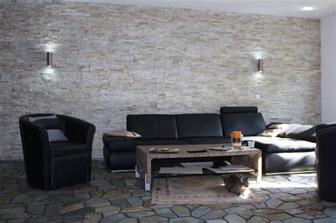 steinriemchen wohnzimmer badezimmergestaltung kleine b 228 der mit schr 228 ge goetics