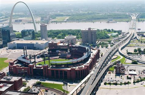 Green St Louis Construction Mba by 6 Exles Of Elevated Transit From Around The World