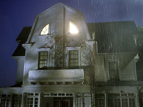 amityville horror house for sale amityville horror house on sale for 850 000 people com