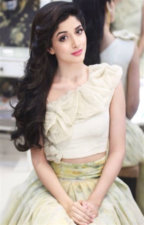 what is the name of the actress in the 2015 viagra commercial mawra hocane hot wallpapers bra thigh photos cleavage