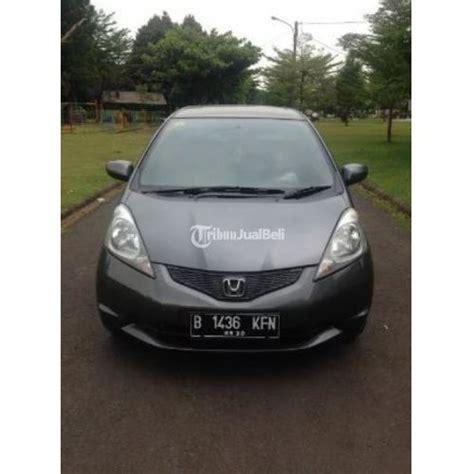 Accu Mobil Di Bekasi mobil honda jazz s abu metalic second tahun 2010 pajak