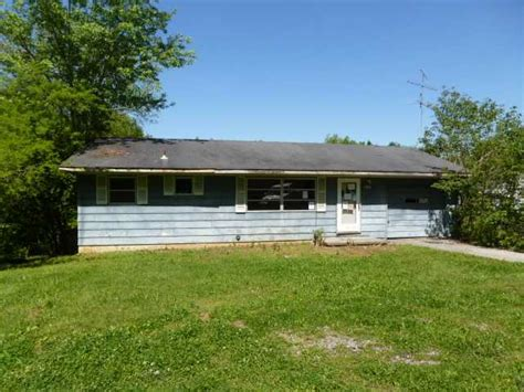 4161 sevierville rd maryville tennessee 37804 foreclosed