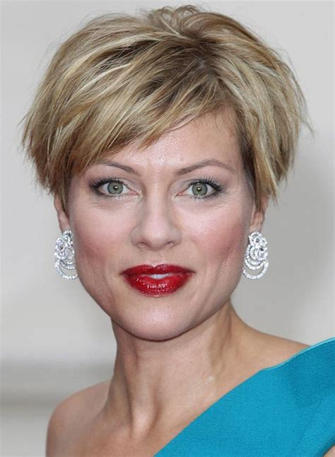 whispy short hair in back short layered haircuts with wispy bangs haircuts models