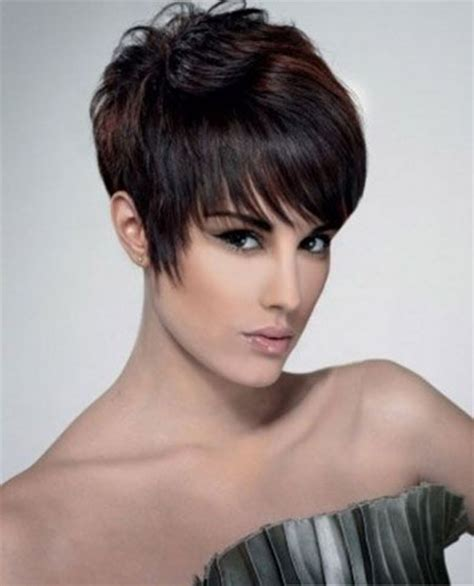 short pixie haircut with a short fringe and lovely cutting 15 chic pixie haircuts short hairstyles 2017 2018