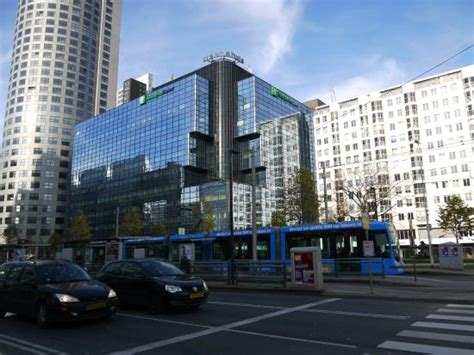 Citizenm Hotels Ducha Picture Of Holiday Inn Express Rotterdam Central