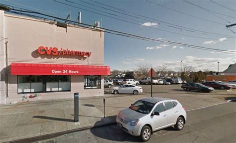 Cvs Kew Gardens by Cops Use Iphone App To Nab Alleged Drive By Purse Snatcher Track Suspect To Cross Bay Cvs After