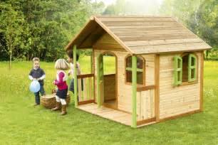 kinderspielhaus holz garten kinder holz spielhaus axi 171 milan 187 kinderspielhaus mit