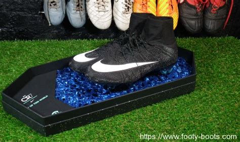 Manchester United Adidas Logo Black 0036 Casing For Sony Xperia 7 nike mercurial superfly cr7 presentation footy boots