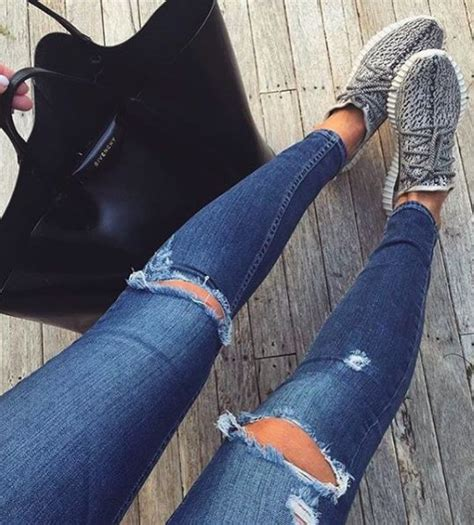Big Sale Now Adidas Yeezy Sepatu Casual Sneakers Import Murah 46 best images about adidas yeezy boost on 350 boost jenner and casual shoes