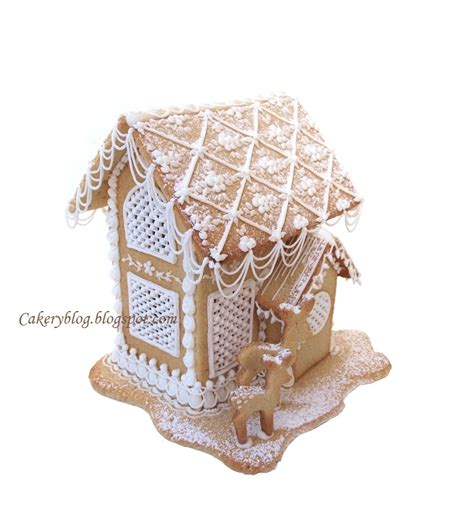 house of cing cakeryblog gingerbread royal icing house