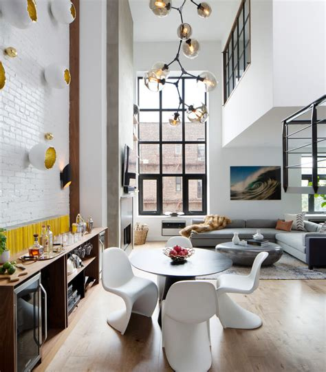 Duplex Home Interior Design by Design Firm D 233 Cor Aid Helps A Soho Turn An Outdated