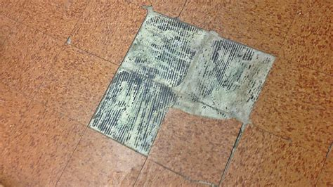 How to Remove Cork Tiles   Removing Cork Floor Tiles and