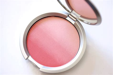 Kosmetik Blusj On it cosmetics cc radiance ombre blush in je ne sais quoi has that special something makeup and