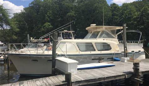 hatteras  pasadena boats  sale
