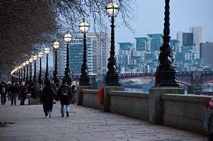 london thames walk top 20 free things to do in london broke in london