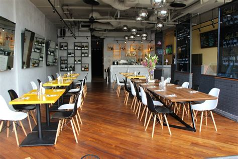 review quayside fish bar bistro we are spacesmeeting