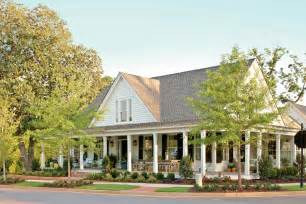 farmhouse with wrap around porch fabulous single story house plans with wrap around porch