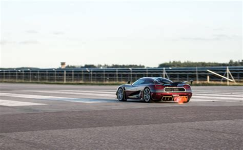 koenigsegg agera rs top speed koenigsegg agera rs owner encouraged top speed run