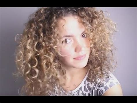 thinned out curly hair curly hair tutorial fine thin curly hair to big hair