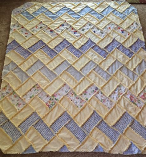 Rag Quilts by Zeedlebeez October Wip S And Finishes 15 Custom Quilts