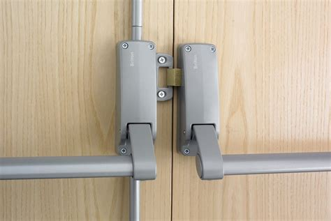 Door Push Bar briton 377 push bar rebated door panic set