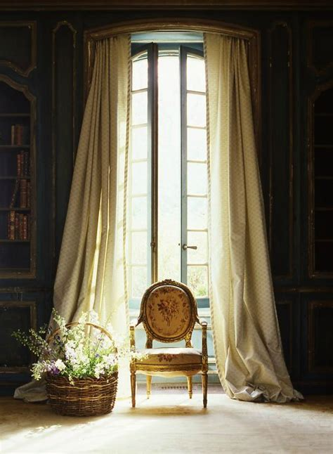 curtains for skylight windows 534 best window dressing images on pinterest curtains