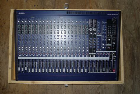 Mixer Yamaha Mg24 14 Fx yamaha mg24 14fx image 450476 audiofanzine