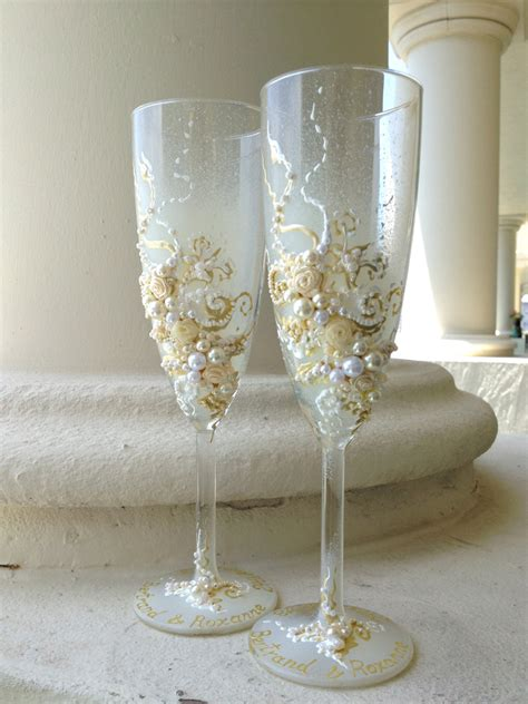 Wedding Glasses by Wedding Chagne Glasses In Ivory And White Wedding Toasting