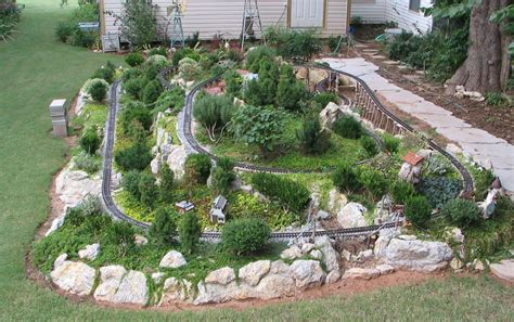 Garden Railroad Layouts Development Of The Sandflea And Redbud Garden Railway