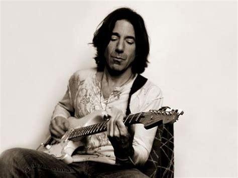 chitarristi di vasco stef burns chitarrista vasco lasciato da maddalena