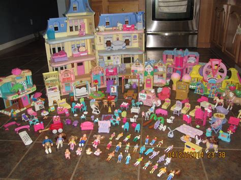 loving family doll house accessories huge lot fisher price my loving family dollhouses and accessories rare ebay