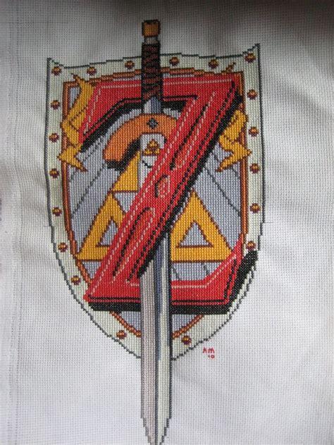 zelda embroidery pattern zelda emblem by shiori500 deviantart com on deviantart
