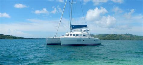 catamaran hire caribbean lagoon 380 for hire r 233 gis guillemot charter catamaran