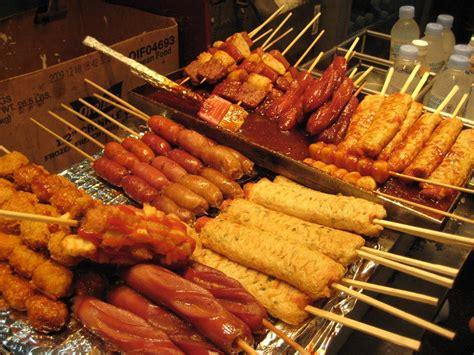 Aneka Gorengan Color the kimchi chronicles korean food documentary