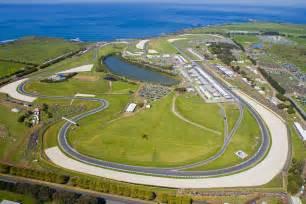 sports fan island reviews dorna sports ensures racing at phillip island for next ten