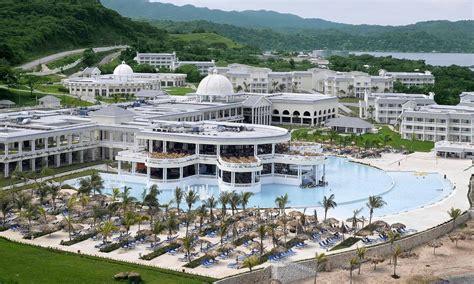 Room photo 1644739 Grand Palladium Lady Hamilton Resort & Spa