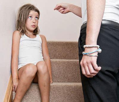 frustate sul sedere punizioni corporali inutili lo dice uno studio