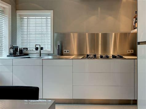 dekker zevenhuizen keukens mooi keukenbladen van roestvrij staal nieuws