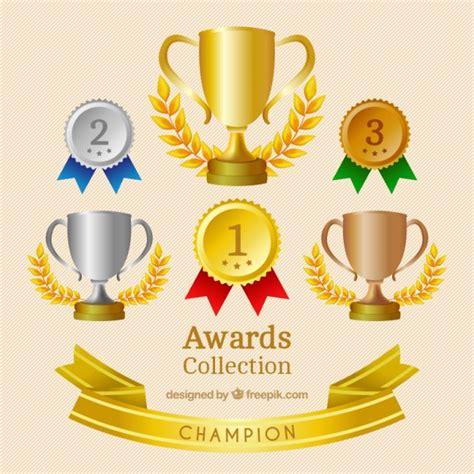 imagenes de trofeos vulgares medallas y trofeos realistas fijados descargar vectores