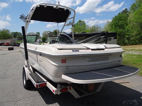 moomba boat location moomba mobius ls ski boat 2007 for sale for 10 000