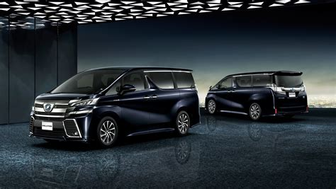 New Toyota Commercial Black And White Gorillas Argue In 2015 Toyota Vellfire