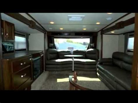 Montana Travel Trailer Floor Plans by 2013 Rushmore By Crossroads Lincoln Rf39ln Front