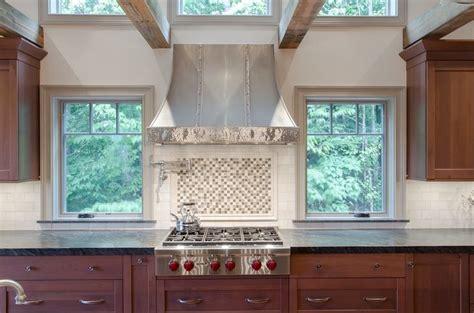 limestone backsplash with glass tile accent backsplash ideas white marble subway tile with glass