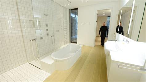 limburg bischof badewanne bischofspalast limburg bistum gew 228 hrt einblick in