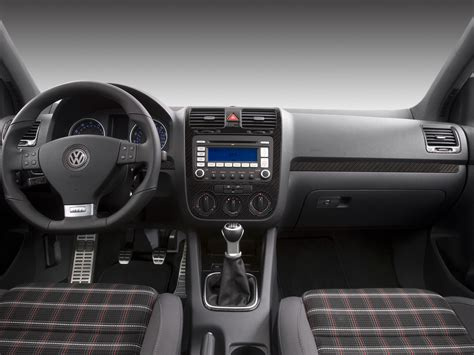 white volkswagen gti interior 2008 volkswagen gti reviews and rating motor trend