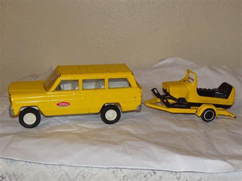 tonka jeep tonka jeep wagoneer with trailer snowmobile tonka