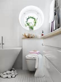 Small Bathroom Decor Stylish Small Bathroom With An Unusual Decor Digsdigs