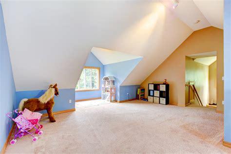 kinderzimmer mit dachschrage farblich gestalten dachschr 228 gestalten lassen sie sich inspirieren