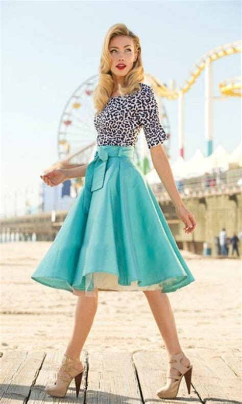 style of clothes for woman in there 50s pictures of fashion for women in their 50s compare
